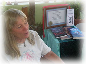Sedona Reiki Master Teacher doing Reiki Training in Sedona